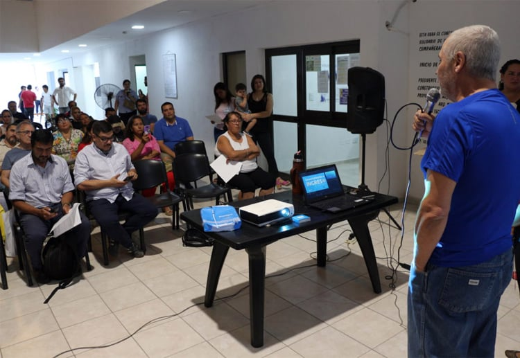 Emprendedores correntinos se capacitan en ventas con tarjetas de débito